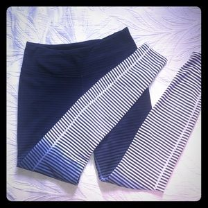 NIKE STRIPED HIGH WAISTED OMBRÉ LEGGINGS